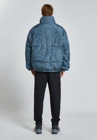 PULL&BEAR - Winter jacket - mottled blue - 2