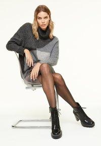 comma casual identity - MIT METALLIC-EFFEKT - A-line skirt - dark grey - 2