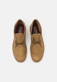 Clarks Originals - DESERT BOOT - Casual lace-ups - dark olive - 3