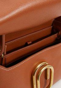 3.1 Phillip Lim - ALIX MINI TOP HANDLE SATCHEL - Across body bag - cognac - 4