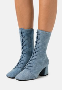 Monki - VEGAN THELMA BOOT - Lace-up ankle boots - blue denim - 0