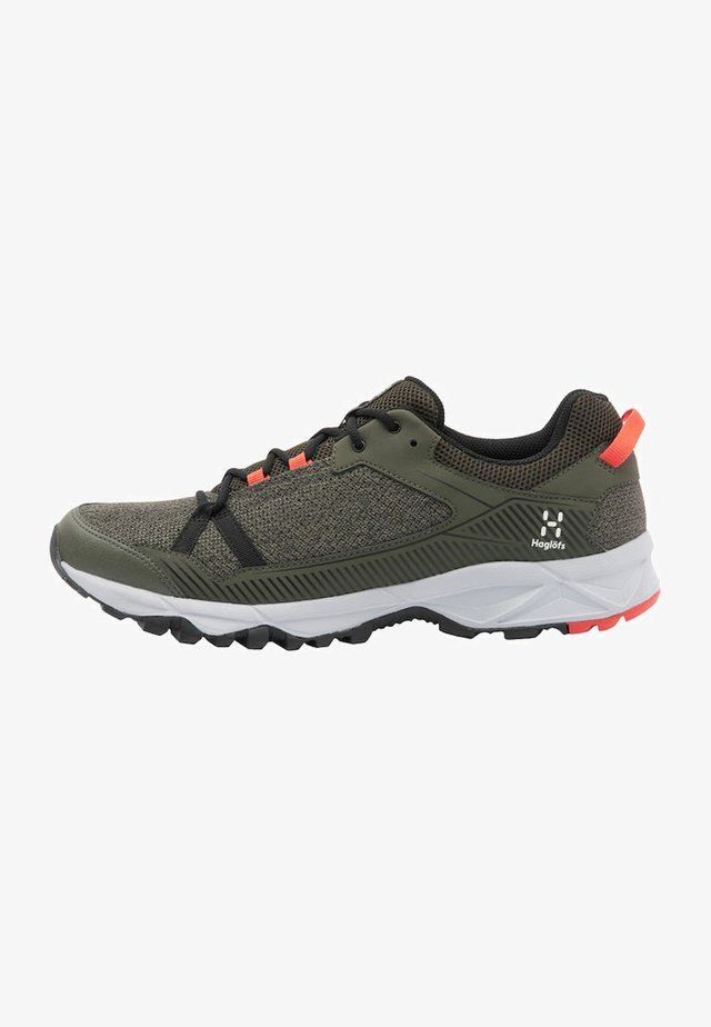 TRAIL FUSE - Hiking shoes - deep woods/true black