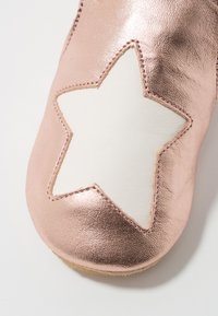 Easy Peasy - BLUBLU - First shoes - pink/blanc - 2