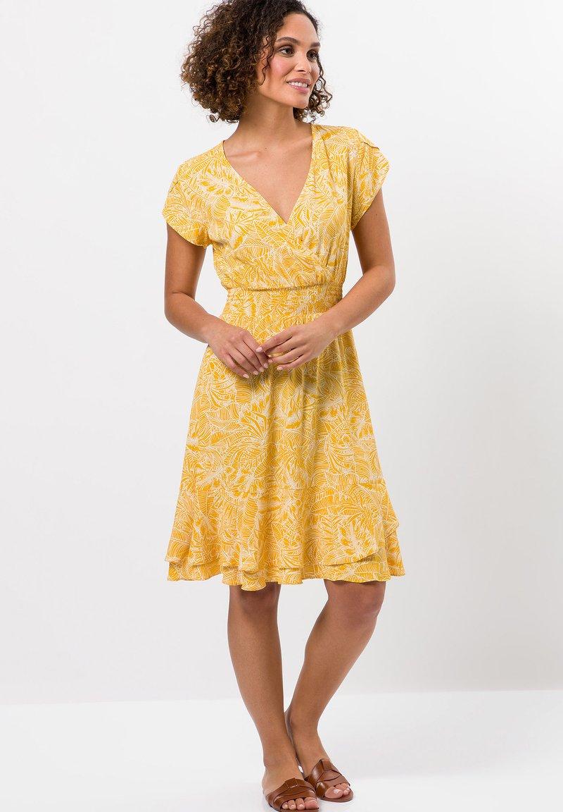 zero - Day dress - yellow curry