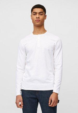 Long sleeved top - scandinavian white