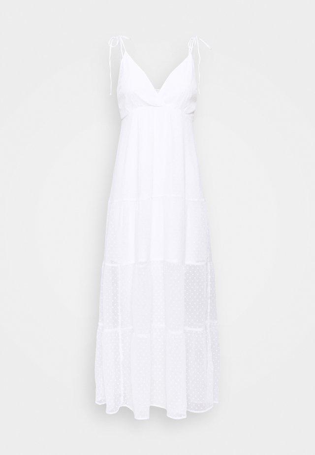 LOVE STRUCK MAXI DRESS - Długa sukienka - white