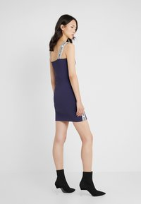 Opening Ceremony - LOGO MINI DRESS - Etuikjoler - collegiate navy - 2