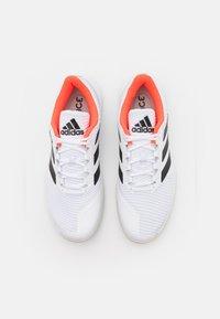 adidas Performance - FORCEBOUNCE - Käsipallokengät - footwear white/core black/solar red - 3