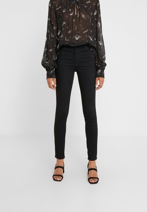 MARIA HIGH RISE POCKETS - Jeans Skinny Fit - jet black