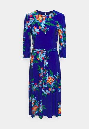 FELIA SLEEVE DAY DRESS - Pouzdrové šaty - sapphire star/blue/multi
