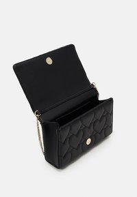 Love Moschino - HEART QUILTED CROSSBODY - Skulderveske - nero - 3