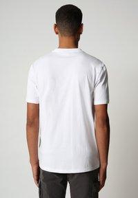 Napapijri - SIROL - Print T-shirt - bright white - 1