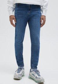 PULL&BEAR - Jeans slim fit - blue - 0