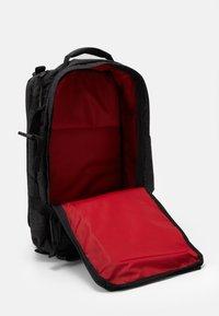 Levi's® - TRAVEL BAG - Sports bag - regular black - 2