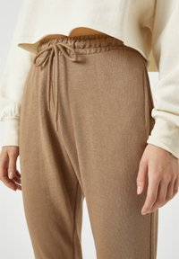 PULL&BEAR - Tracksuit bottoms - brown - 4