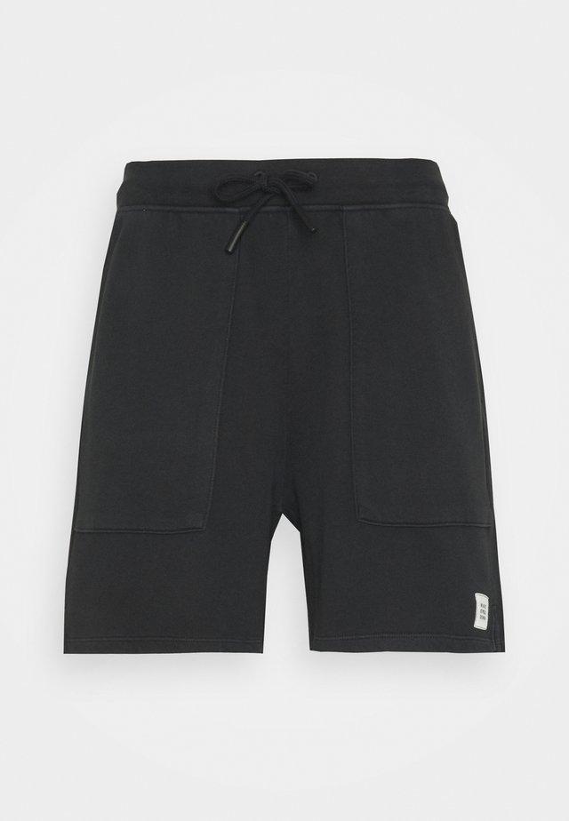 FRONT POCKETS BACK POCKET - Shorts - black