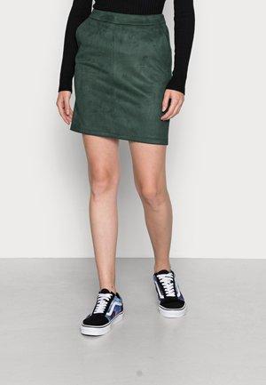 VIFADDY SKIRT - Pencil skirt - darkest spruce