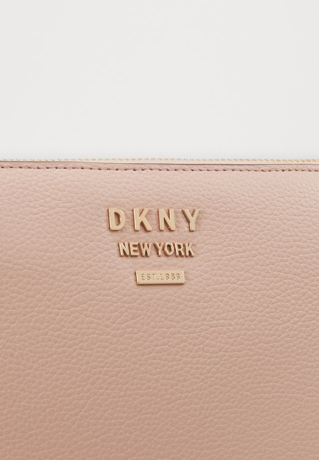 WHITNEY FLAT CROSSBODY - Borsa a tracolla - light pink