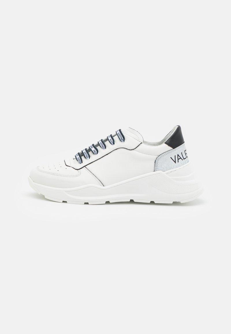 Valentino by Mario Valentino - Baskets basses - white/black