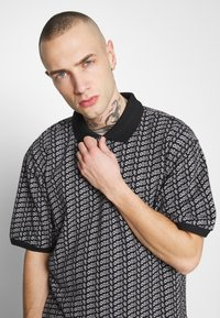 Obey Clothing - CUTTER - Polotričko - black - 3