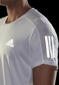 adidas Performance - OWN THE RUN - T-shirts med print - white - 4