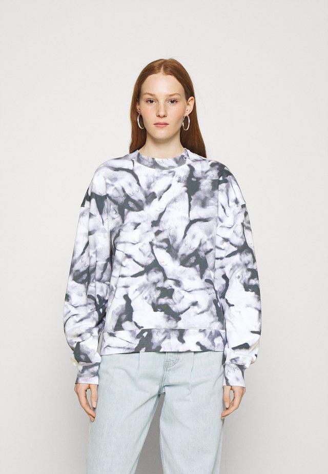 MARBLE CREW NECK - Sweatshirt - quiet grey marble