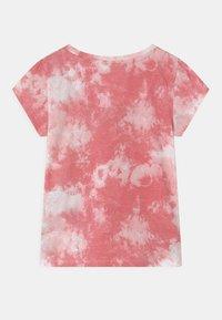 Levi's® - T-shirt z nadrukiem - peony - 1