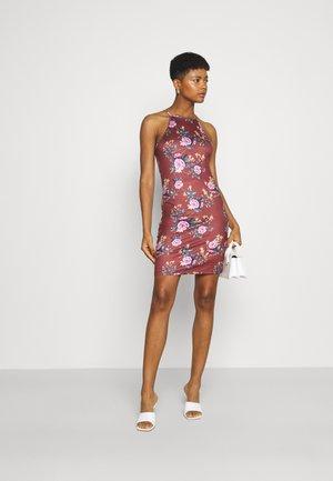 VIBE SINGLET DRESS 2 PACK - Žerzejové šaty - black/flame scarlet pink