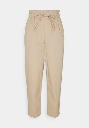 VMEVANY LOOSE STRING ANKLE PANTS - Bukser - beige