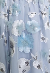 Adrianna Papell - FLORAL EMBROIDERED GOWN - Occasion wear - clearwater/ivory - 2