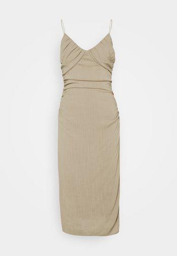 BE MINE RUCHED DRESS - Koktejlové šaty/ šaty na párty - beige