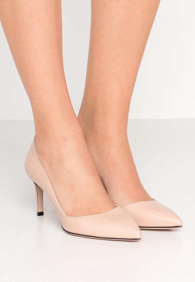 HUGO - HELLIA - Classic heels - nude
