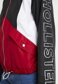 Hollister Co. - CORE FULL ZIP - Windbreaker - red/black/white - 5
