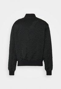 Versace Jeans Couture - MATELASSE BAROQUE  - Bomber Jacket - black - 7