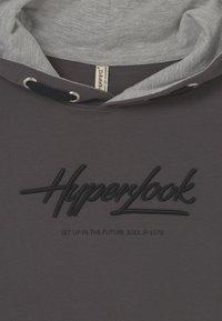 Blue Effect - BOYS HYPERLOOK HOODIE - Sweatshirt - dunkelgrau reactive - 2