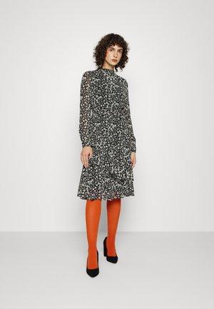 VMCAITLYNN BELT DRESS - Day dress - black