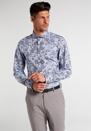 SLIM FIT - Shirt - braun