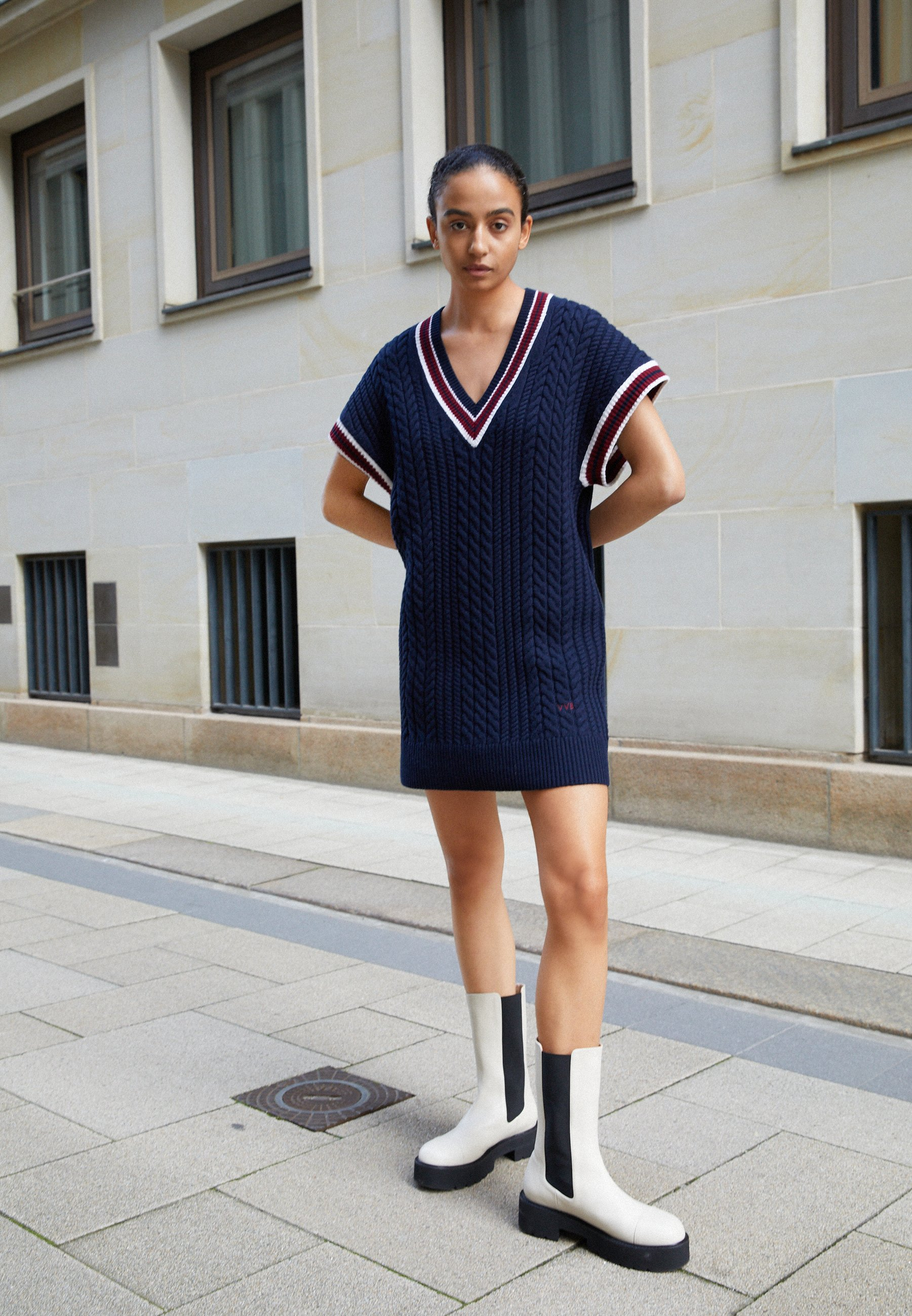 Women CRICKET JUMPER DRESS - Jumper dress