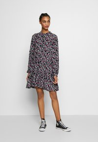 Envii - ENSALSA DRESS  - Kjole - winter fleur - 1