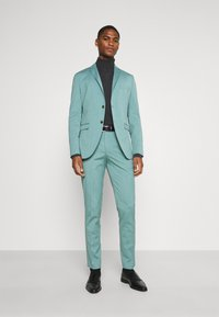 Selected Homme - SLHSLIM SUIT - Completo - greengage - 1