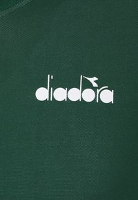 Diadora - EASY TENNIS - Camiseta estampada - green bistro - 2