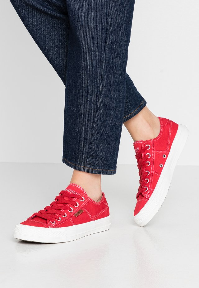 Zapatillas - rot