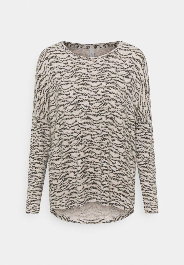 BIARA - Stickad tröja - cream melange