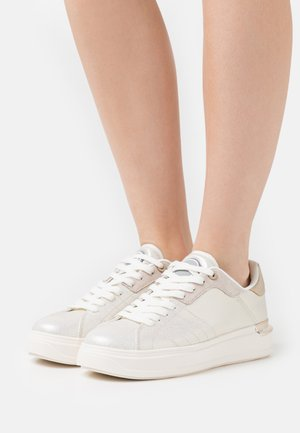 CLAYTON LUX - Trainers - gold