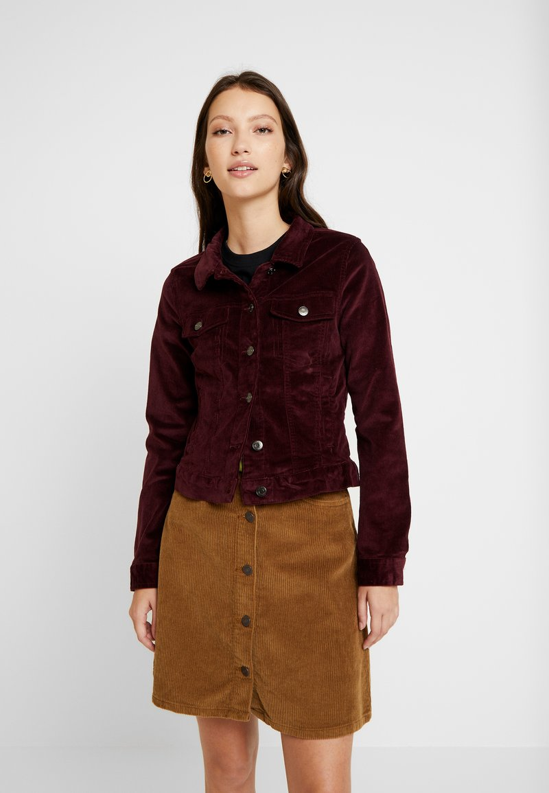 Vero Moda - VMSOYA SLIM JACKET - Summer jacket - port royale