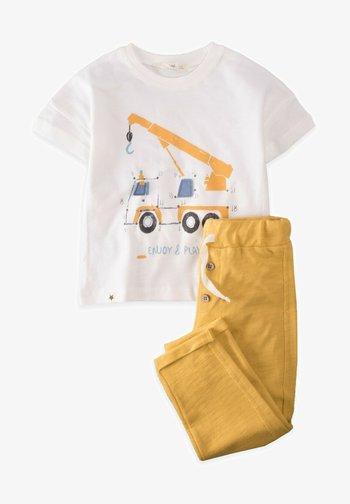 SET - Tracksuit bottoms - mustard yellow