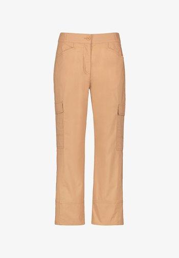 Cargo trousers - sahara