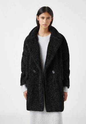 Winter coat - mottled black