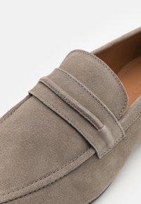Zign - LEATHER - Scarpe senza lacci - grey - 5