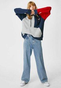 C&A - ARCHIVE - Bootcut jeans - denim light blue - 1